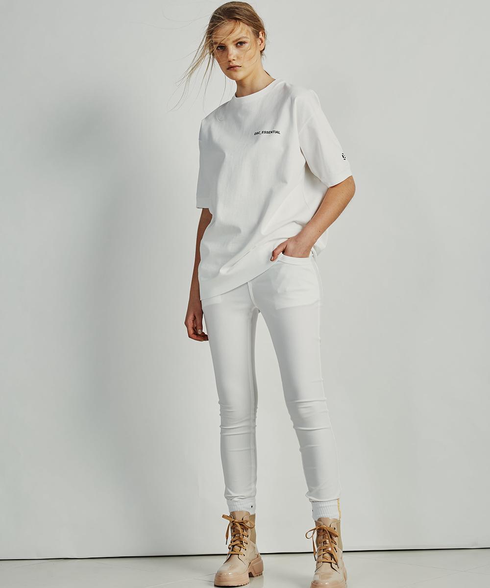 ESSENTIAL / 五分袖ロゴTシャツ